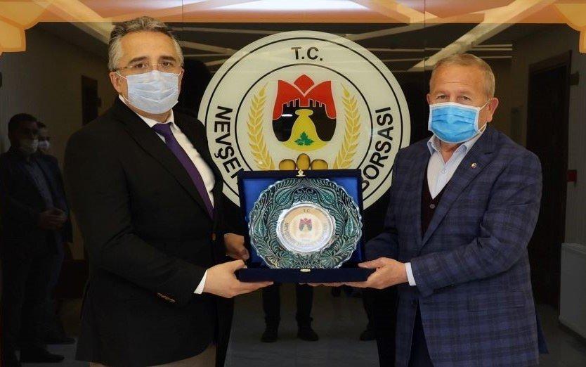 Başkan Savran'dan Nevşehir Ticaret Borsası'na İade-i Ziyaret