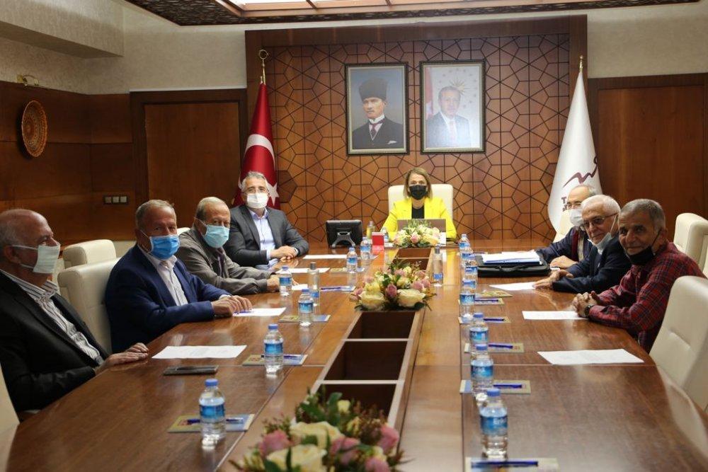 Başkan Salaş, Nevşehir İli Kalkınma ve Üniversite Yaptırma Yaşatma Vakfı Toplantısına katıldı